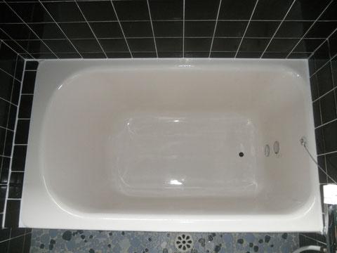 鋳物ホーロー浴槽 再生塗装