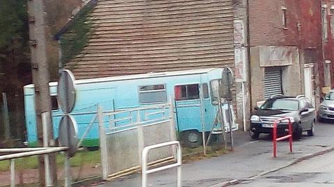 Unser selektiver Womobus Blick hat dieses Schmuckstück in Frankreich entdeckt!!!