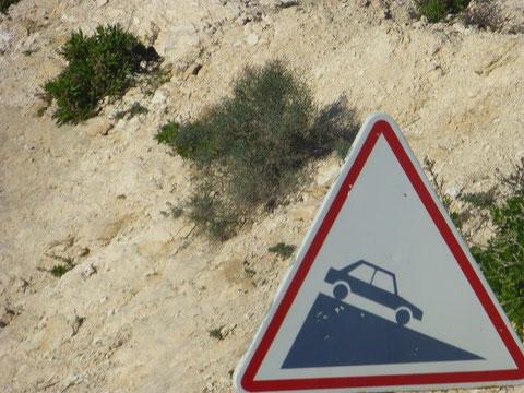 ...in Marokko sind die Schilder immer ohne Prozent Angaben