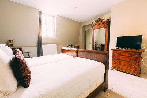 The Gem, pension, bed and breakfast, habitacion de huéspedes, la la suite familiar por 4 o 5 personas en el Centro de Amiens, lanzadera, en el familia, desayuno incluido, visitar Francia en una casa cálida
