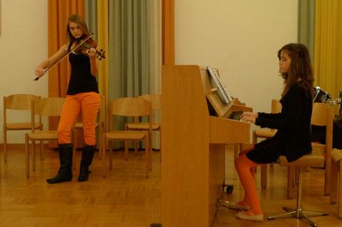 Nadine Leuzinger wird demnächst ebenfalls auf Lese- und Musikreise geschickt