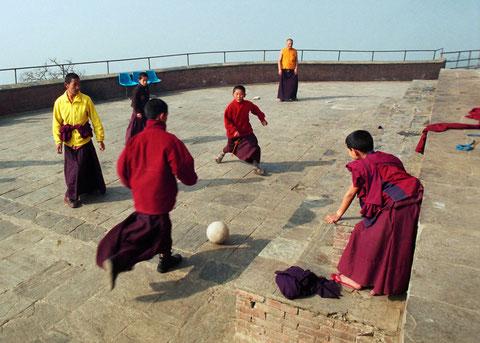 Kathmandu Mönche Fussball