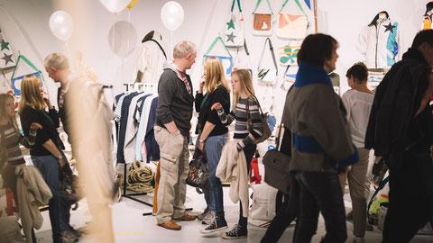 Q6 Q7 Segeltuch Jacken Taschen Damen Herren Sailart Fashion