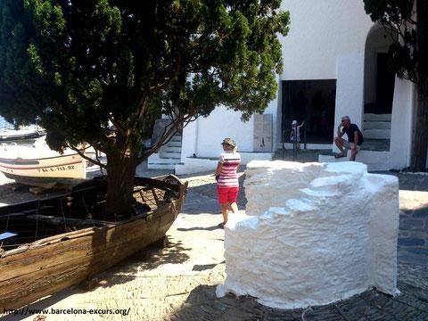 Экскурсии по музеям Сальвадора Дали