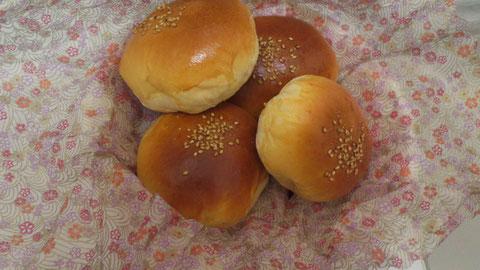 パンも糖質です