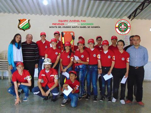 Equipo Juvenil capacitado para apoyar a la Entidad Patrocinadora.