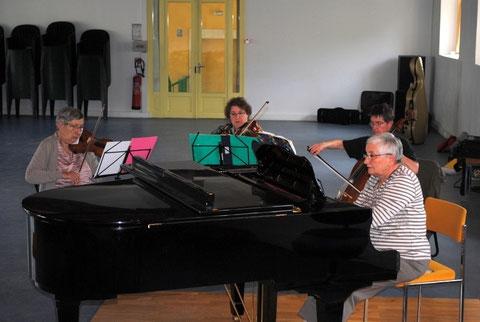 piano et trio à cordes