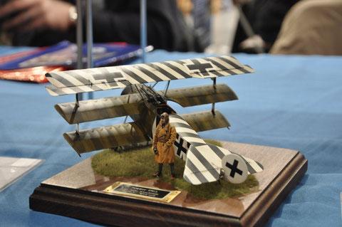Stand de Brem : superbe Fokker Triplan pour le centenaire 14-18