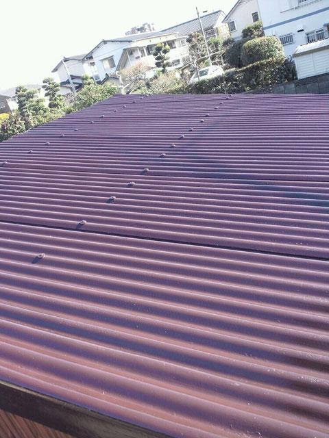 熊本市I様家外壁塗装及びスレート屋根塗装状況。スレートの塗り替え完成。