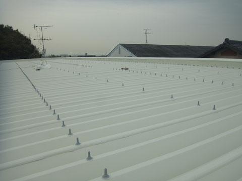 折半屋根の塗替え 防水