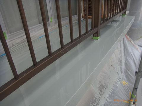 熊本県T様邸 ベランダ防水塗料流し込み完了です。