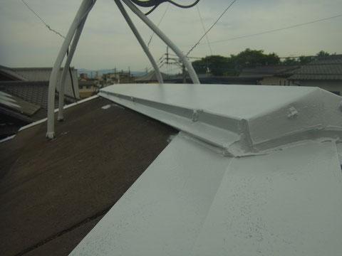 熊本〇様邸 屋根の鉄部塗装エポキシ錆止め塗装