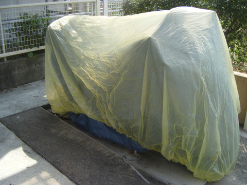 熊本の塗装H様邸 養生 車