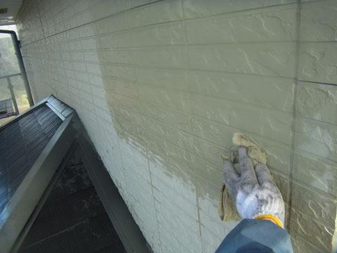 熊本県K様邸塗装前の外壁磨き