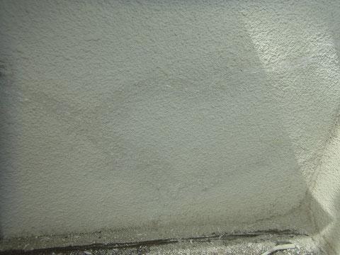 既存シリコンコーキング撤去後。熊本T様邸 外壁塗装時