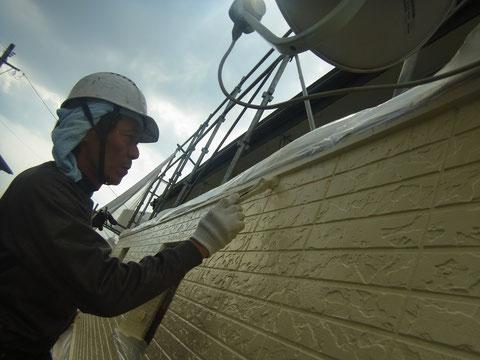 外壁塗装状況 おすすめ塗料。アクアセラシリコン