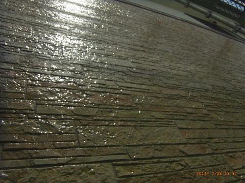 柄模様サイディング保護クリアー塗装中 UVプロテクトクリアー 熊本Y様邸