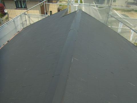 カラーベスト屋根の下塗り状況 熊本市東区〇様邸