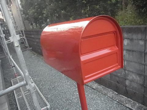 ポスト塗替え完成。レトロオレンジカラー レッド 熊本〇様宅塗装状況