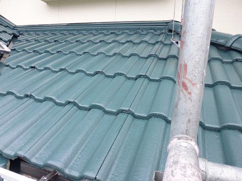 熊本県〇様宅屋根塗装完成状況。雨から家を守る塗り替えを。