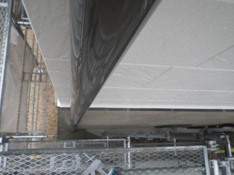 熊本市N様家の外壁塗装及び屋根塗装時。2階外壁塗装と樋塗装完成です。