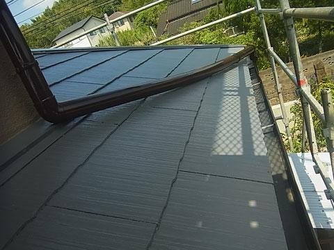 コロニアル屋根 カラーベストの遮熱塗装完成