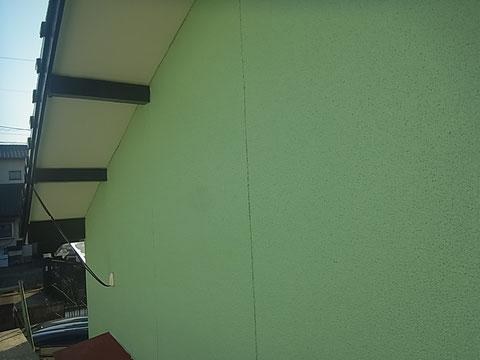ミントグリーンにて外壁塗装完成。熊本市T様家塗装時。