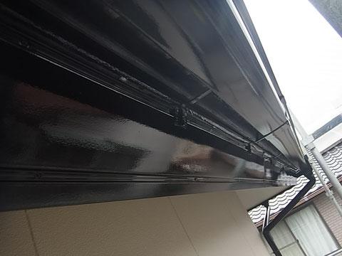 熊本市東区K様家外壁塗装・屋根塗装時。破風板及びトイの塗り替え完成。