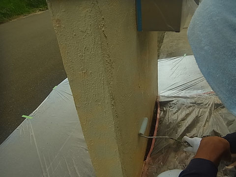 玄関 塀塗装前 熊本〇様邸