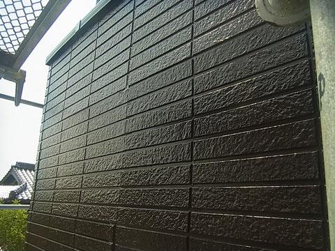 熊本市I様家の外壁ブラウン塗装完成。サイディング。