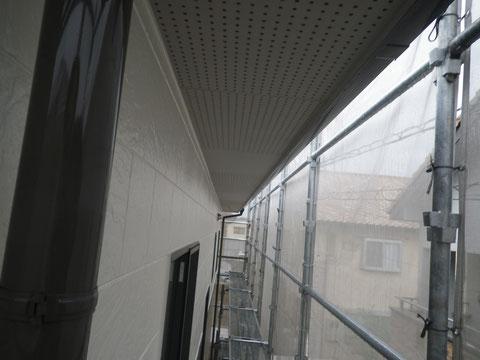 熊本市N様家の外壁塗装及び屋根塗装時撮影。2階外壁と樋の塗り替え完成。高耐久塗料仕様。