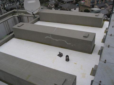 屋上屋根塗装状況 熊本の物件