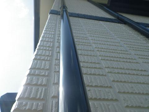 熊本県〇様住宅 外壁塗装工事における、外壁防水コーキング仕上げ及び壁面塗り替え完成。