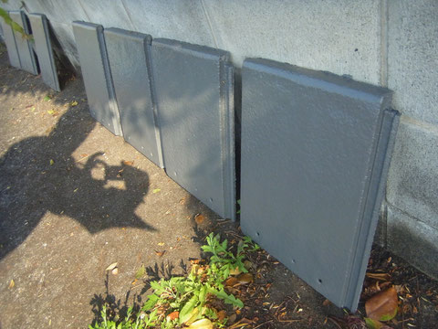 熊本〇様邸 屋根予備モニエル瓦塗装完成状況。 マイティーシリコン