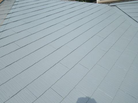 熊本Y様家のコロニアル屋根塗装完成。高耐久樹脂塗料を使用し、グレーカラーに塗り替えました。