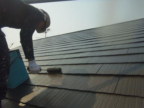 熊本県熊本市東区〇様邸 屋根の塗り替え状況 上塗り