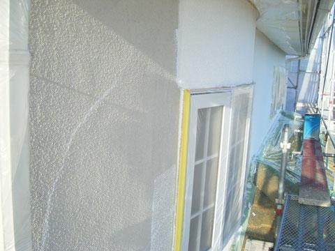熊本県H様邸 外複層弾性装防水塗装です。