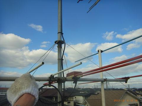 屋根点検は熊本の岩津塗装 アンテナ線チェック