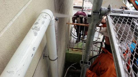 外壁高圧洗浄は丁寧に洗う事が何より大事。