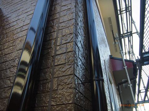 外壁クリヤー塗装 樋塗装完成。