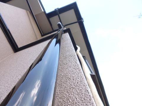 熊本I様家の外壁塗装と屋根塗装完成です。外壁及び樋の塗り替え完成です。