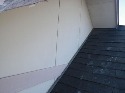 熊本市N様家。 外壁塗装前BEFORE チョーキングが発生している状況。