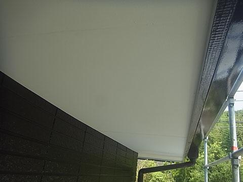 軒天塗装。 熊本I様邸