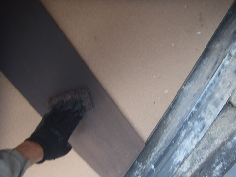 熊本○様邸外壁塗装状況 飾り帯板のケレン