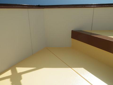 軒天塗装完成!防カビ塗料使用。