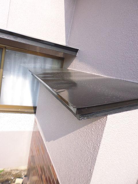 熊本県I様家の外壁塗装及び屋根塗装完成。外壁と鉄板庇屋根の塗り替え完成です。関西ペイント高耐久防カビ塗料使用。
