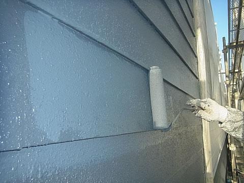 外壁上塗り ローラー仕上げ 中塗り上塗り同色仕上げ