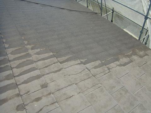 屋根のサイクロンジェット高圧洗浄完了です。