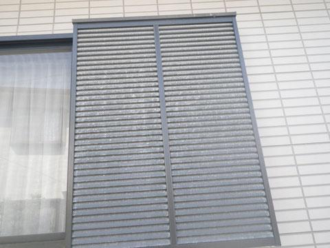 鏡板シャッター塗装前 熊本〇様宅塗装状況