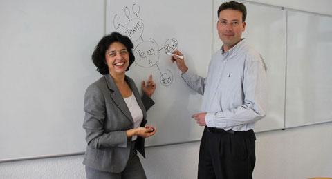 Moderatoren für die Entwicklung von Visionen, Werte und Leitbilder: Petra Weber und Dr. Michael Ullmann